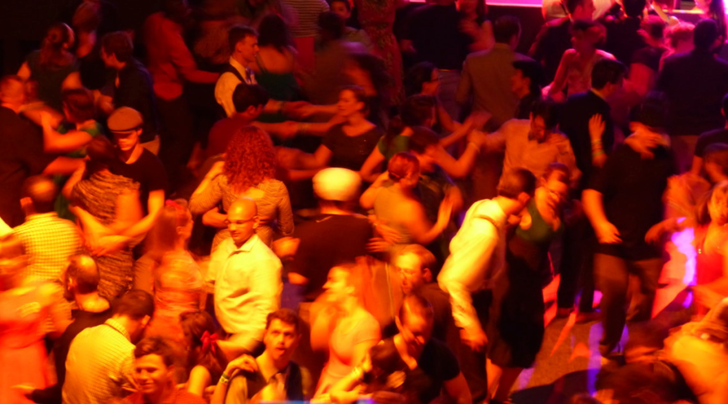 T-Dance Raststätte Aachen: It Must Schwing!